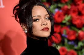 Rihanna's <b>Diamond</b> Ball <b>2019</b>: The Clara Lionel Foundation gala ...