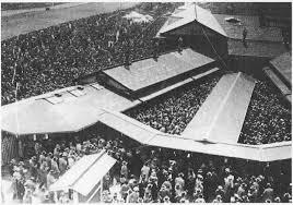「1932年 - 目黒競馬場で第1回東京優駿大競走」の画像検索結果