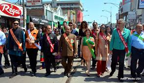 record crowd at the fia parade in chicago dla times a moment of silence was observed in memory of s late president dr kalam community figures naren patel and hasan merchant