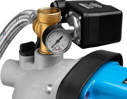 Автоматическая <b>насосная станция</b> для подачи воды