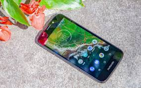 <b>Moto E5 Play</b> - Full Review and Benchmarks   Tom's Guide