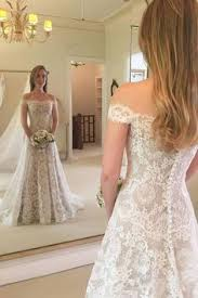 Belo modelo de <b>vestido</b> para <b>casamento</b> no campo. Um arraso ...