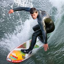 <b>Surfing</b> - Wikipedia