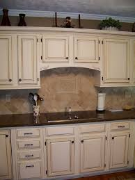 kitchen paint colors with cream cabinets: cream colored kitchen cabinets with white appliances
