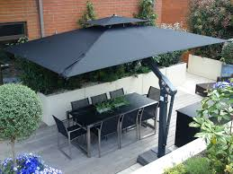 metre giant umbrella: unique variable height canopy that can be levelled between mm i mm