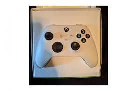 На фото нового <b>геймпада Xbox</b> подтвердили вторую некстген ...