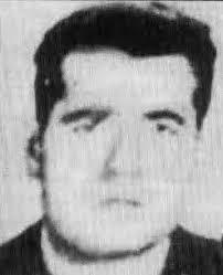 Tweet. Compartir: Menéame Tuenti. Hacia las tres de la tarde del 14 de enero de 1980, tres terroristas de ETA asesinaban a tiros en Elorrio al guardia civil ... - francisco_moya_jimenez
