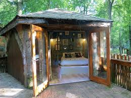 oak log cabins: golden oak hideaway treehouse interior golden oak hideaway
