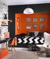 room ideas small spaces decorating: colorful decorating ideas for a small room