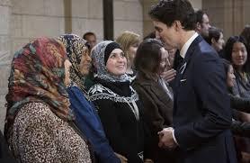 جاستن بيير جيمس ترودو رئيس وزراء كندا يخلد التاريخ الإسلامي