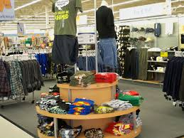 melissa s blog another amazing bgsu blog boys clothing display taken at meijer