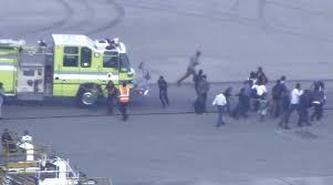 فلوريدا - مُسلح يطلق النار في مطار فورت لودرديل ويقتل خمسة مسافرين ويصيب ثمانية
