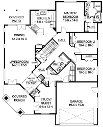 Well Suited For A Corner Lot   House Plan HuntersPlan No  Main Floor Plan