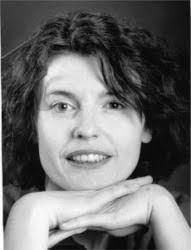 Véronique M <b>Le Normand</b> est née en Bretagne et a suivi des études de lettres <b>...</b> - lenormand