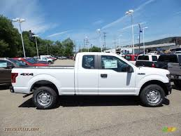 ford f xl supercab x in oxford white c truck n oxford white medium earth gray ford f150 xl supercab 4x4