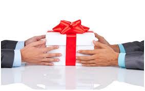 """Résultat de recherche d'images pour """"échange de cadeau"""""""