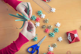 cheap christmas decor: cheap and attractive diy christmas decorations to make