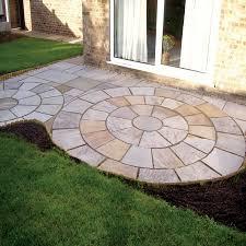 patio slab sets: natural paving riven sandstone classicstone heather modak paving circle feature kits