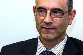 Juan Latorre, su todavía socio director, es el decano de los auditores valencianos y lleva más Bernardo Vargas de 20 años como responsable en la Comunidad. - imagen77290m