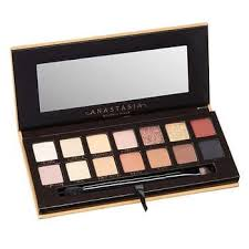 <b>Anastasia Beverly Hills</b> Soft Glam Eyeshadow Palette