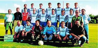 Dieses Mannschaftsfoto stammt aus der Saison 1997/98 und zeigt (hinten, von links) Mirko Bernd, Thorsten Augustin, Markus Wagner, Torsten Schmidt, ... - argenthal1