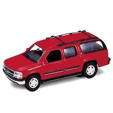 <b>Модель машины</b> 1:34-39 2001 <b>CHEVROLET</b> SUBURBAN <b>Welly</b>
