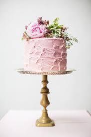 Resultado de imagem para bolo de anos cor de rosa vintage