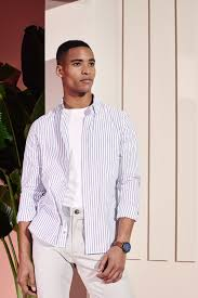 What is an <b>Oxford</b> Shirt | Wardrobe Essentials | Burton Menswear