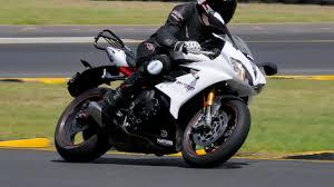 Tyre Test: <b>Metzeler Sportec M7 RR</b> - Bike Review