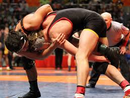 premiumpreps com your 1 new source for chicago high school tinley park sophomore eric schultz right mixes it up senior javier montalvo of lincoln way west schultz advanced to the 170 pound final after a
