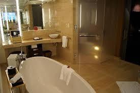bathroom suite mandarin: mandarin oriental las vegas executive suite bathroom