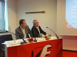 Faymonville introduces CombiMax extendable Semi-Trailer. From Left to Right, Mr. Rainer Noe (Heavy Duty Modular Systems) and Mr.Alain Faymonville (CEO ... - 42ccc513eb1791aa11b7bae7394f24562d8076559e7c1ad5bd60888ab7f2d3a6_m