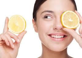 Los bioflavonoides presentes en el limón ayudan al cuerpo, salud y belleza a protegerse de enfermedades cardiovasculares. Curación de yagas y aftas. - salud-belleza-propiedades-beneficios-del-limo-L-P6UBZV