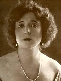 Margarita Ruiz de Lihory, en 1926, en un catálogo de una exposición de sus pinturas en Boston. Reciba el periódico en su casa » - 1275592696_850215_0000000000_sumario_normal