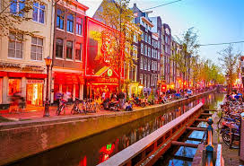 <b>A guide</b> to Amsterdam's Red Light District - Lonely Planet