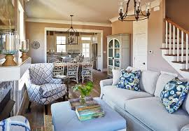 Family Home   Small Interiors and Open Floor Plan   Home Bunch    Family Home   Small Interiors and Open Floor Plan