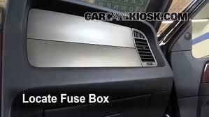 interior fuse box location 2003 2016 lincoln navigator 2011 interior fuse box location 2003 2016 lincoln navigator 2011 lincoln navigator l 5 4l v8 flexfuel