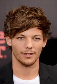 Louis Tomlinson stepped out for the premiere of the One Direction movie. - Louis-Tomlinson-stepped-out-premiere-One-Direction