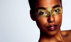 Шик и блеск: <b>топ</b>-5 праздничных <b>палеток</b> теней для макияжа ...