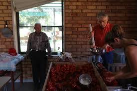 photo essay an italian family tradition tomato sauce making day 7206
