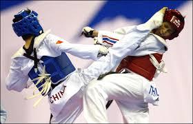 obrazek przedstawiający kopnięcie taekwondo