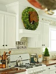 kitchen stove vent hanging