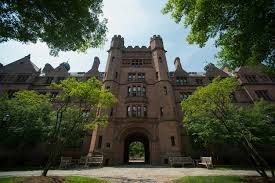 conquering the confusing common app these tips will help nbc news image vanderbilt hall on the yale university campus in new haven
