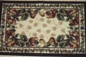 grapes grape themed kitchen rug:  becef b