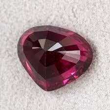 Купить <b>Огранка гранат альмандин</b> Шри Ланка <b>сердце</b> 8*9.5 мм ...