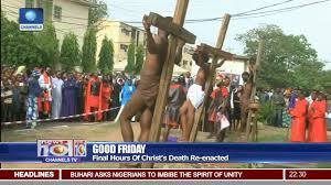 Good Friday: Worshipers Mark <b>Death Of Jesus</b> Christ & Significance ...