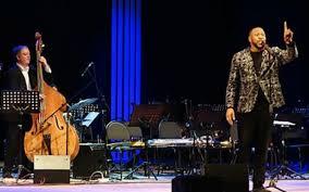 Togliatti Philharmonic Stages a Jazz Revolution! - <b>Aaron Myers</b>