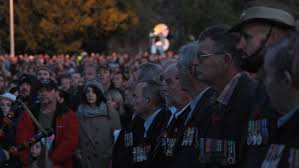 wa commemorates anzac day photos collie mail thousands of people turned out for the 2015 anzac day dawn service in bunbury photo