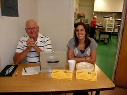 photo weldon holley and jenna bankhead neotribune image weldon holley and jenna bankhead weldon and jenna working hard collecting dinner tickets
