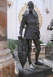 king arthur warrior king com king arthur statue via wikicommons